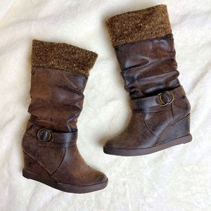 Roxy Wedge Boots Brown Distressed